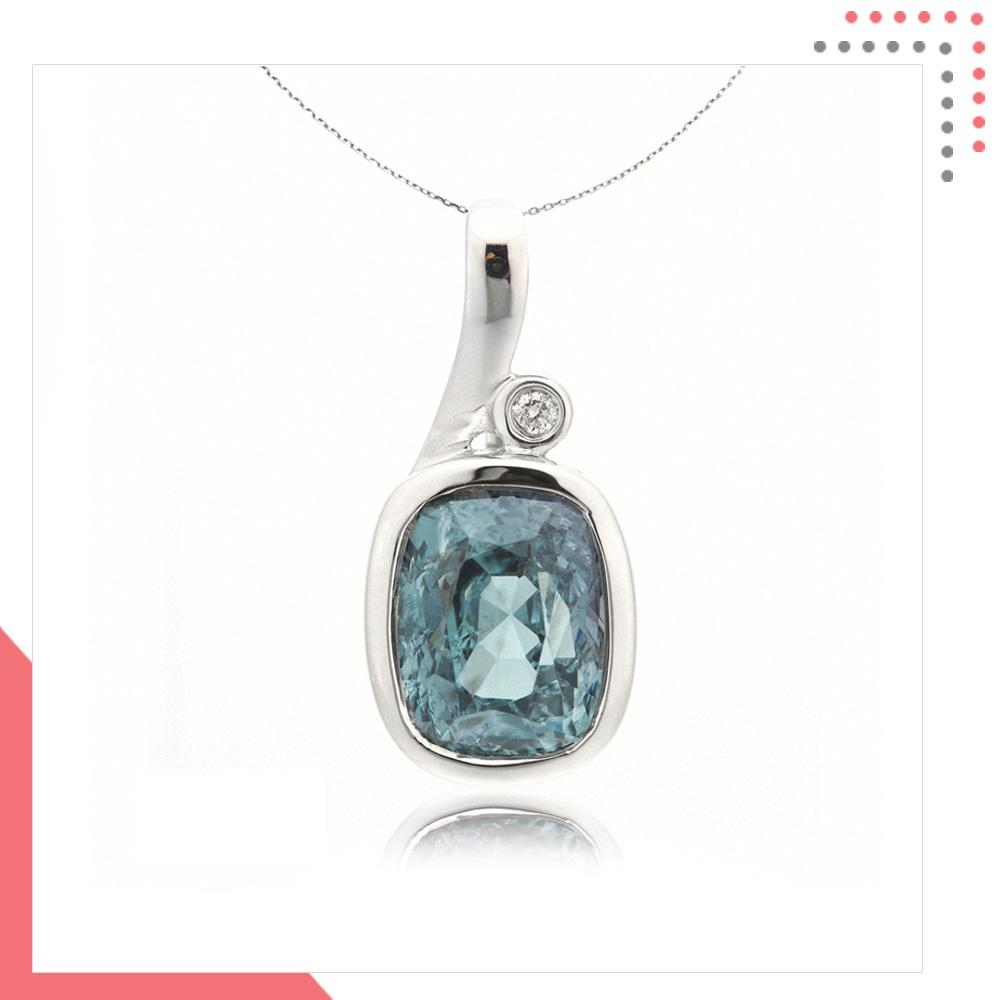 Divine Gems Aquamarine Harmonia Green Note 18K White Gold Pendant