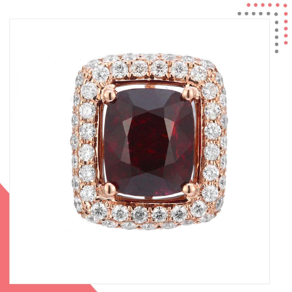 Divine Gems Black EOS Square 18K Rose Gold Pendant