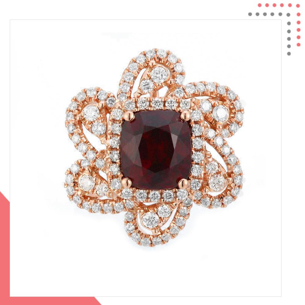 Divine Gems black EOS Superior Flower 18K Rose Gold Pendant